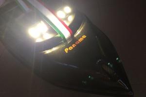 Reflektor fény